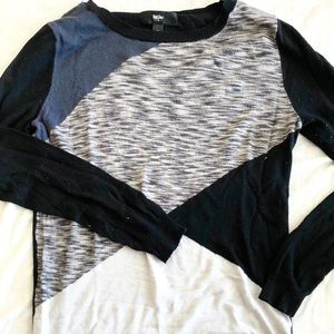 Color blocked black and gray sweater